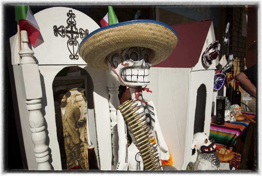 Mexico is rampant with folk tales that tell what happens if someone neglects their ancestors. : The Dia de los Muertos Sessions : Oklahoma City Editorial and Documentary Photographer