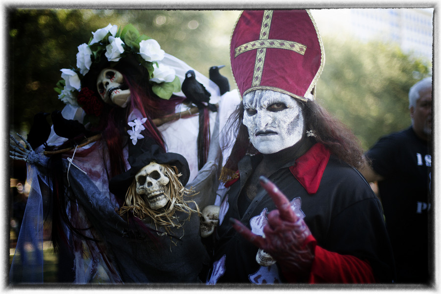 ....the noise will wake the dead. : Dia de los Muertos  : Oklahoma City Editorial and Documentary Photographer