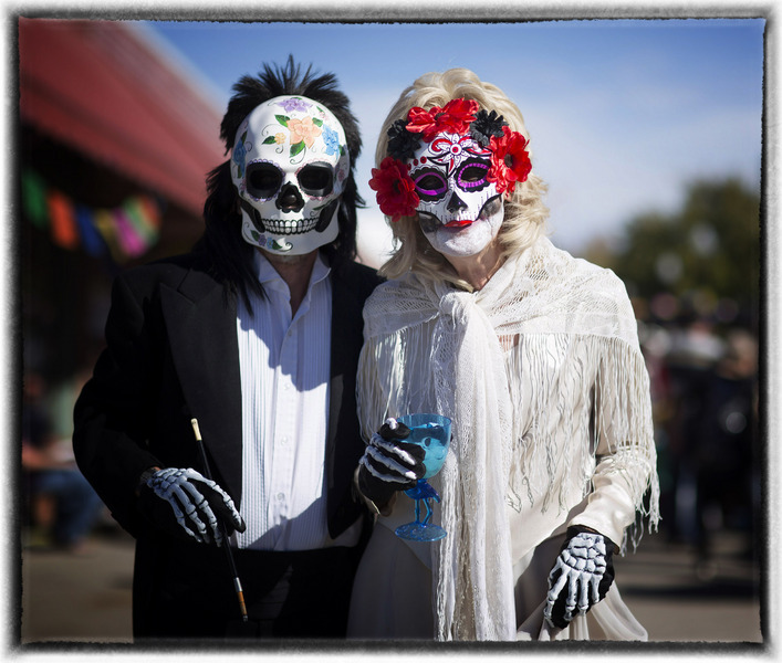 The gates to Heaven are opened on Oct. 31.... : Dia de los Muertos  : Oklahoma City Editorial and Documentary Photographer