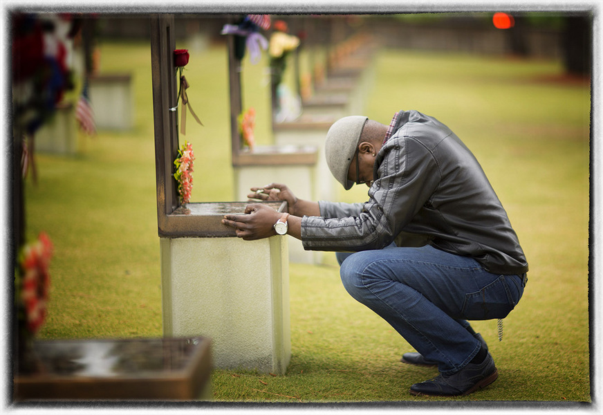 """I had to come to his chair at the National Bombing Memorial and say I still love you"" : Memorial Day : Oklahoma City Editorial and Documentary Photographer"