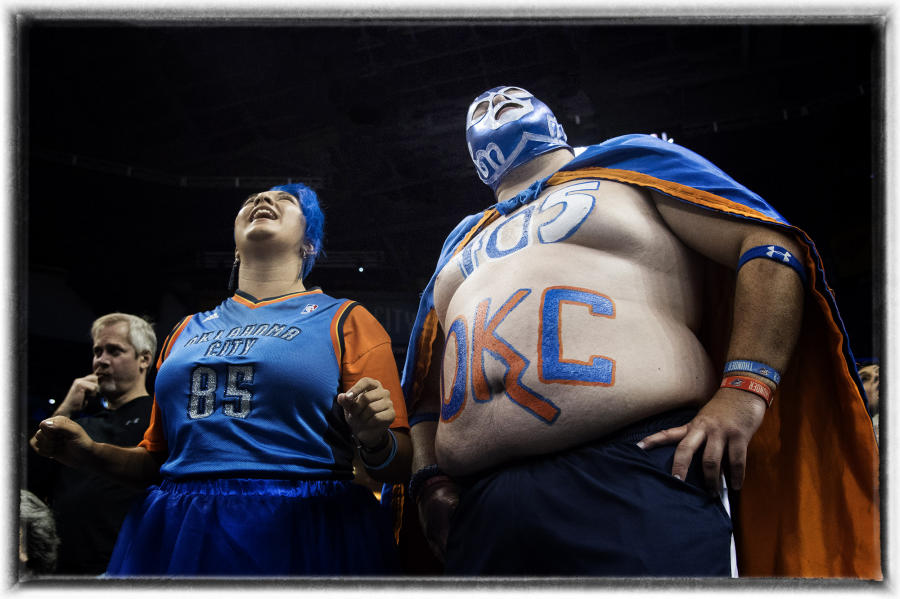 Oklahoma City Thunder fans : The Sports Sessions : Oklahoma City Editorial and Documentary Photographer