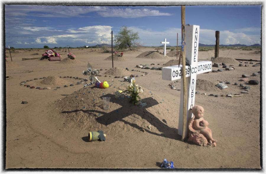 A cemetery on the Pima Reservation where members of the tribe had the highest rate of diabetes of any ethnic group in the world.  : Memorial Day : Oklahoma City Editorial and Documentary Photographer