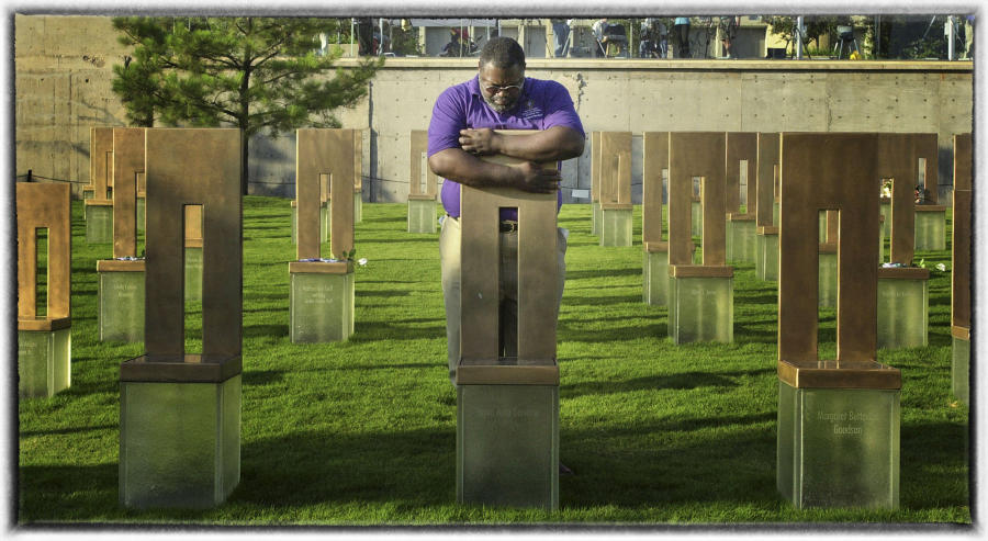 It's a tiring one. : Memorial Day : Oklahoma City Editorial and Documentary Photographer